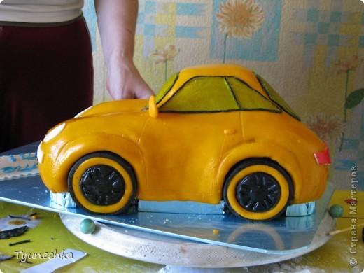 Вот такой получился торт-МАШИНА... Нелёгкая оказалась работа, я вам скажу, но результатом  осталась более-менее  довольна:))) фото 6