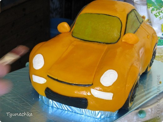 Вот такой получился торт-МАШИНА... Нелёгкая оказалась работа, я вам скажу, но результатом  осталась более-менее  довольна:))) фото 2