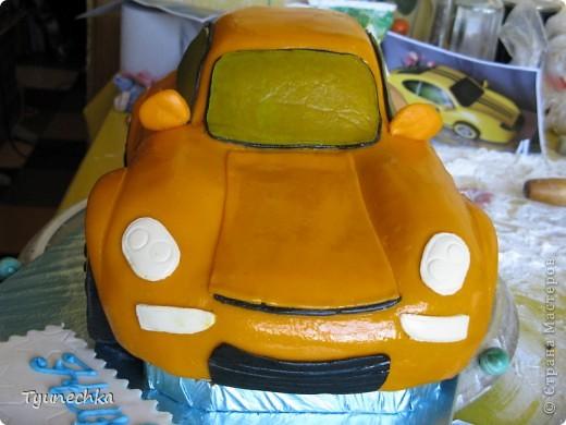 Вот такой получился торт-МАШИНА... Нелёгкая оказалась работа, я вам скажу, но результатом  осталась более-менее  довольна:))) фото 5