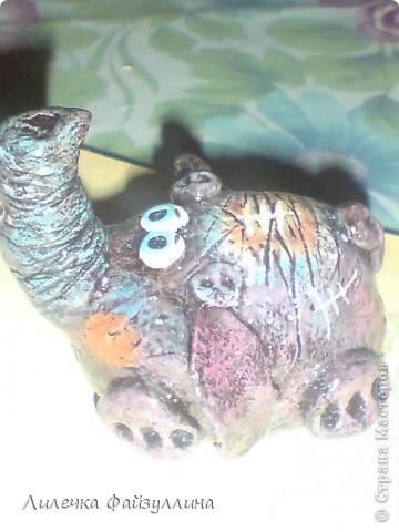 маленький слоник по МК Дианы(ANAID)!очень люблю эту мастерицу!нравится стиль в ее работах!Спасибо всем мастерам за прекрасные МК! фото 1
