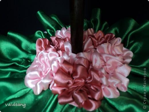 Вышло деревце с юбочкой,а под ней бокс для дисков .Делала на подарок ,хотелось красиво и с пользой. фото 2