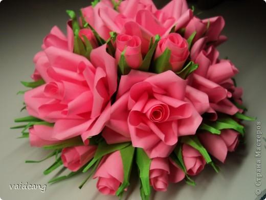 Букетик из бутонов и роз. фото 3
