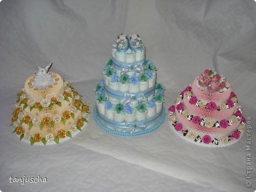 На этот раз у меня свадебный торт. В нижнем ярусе 102 модуля в среднем ярусе 72 модуля в верхнем ярусе 42 модуля.   фото 7