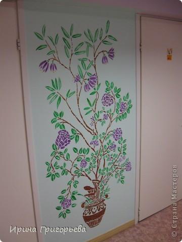 Трафаретная роспись стены фото 3