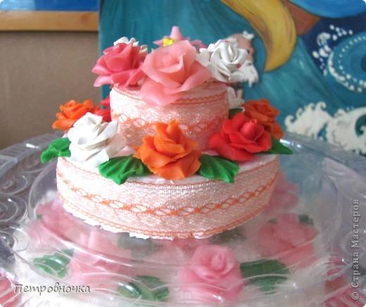 Девчонки мои потребовали, что бы и на СЮТе был мой тортик. Решила сделать круглый  на этот раз. фото 7