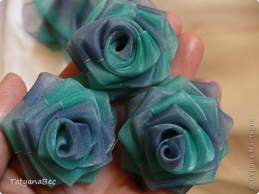 Мастер-класс Шитьё Цветы из ленты Ленты фото 1