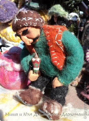 Продолжаем бродить по празднику города Тбилиси. На этот раз обратим внимания на куклы!  фото 8