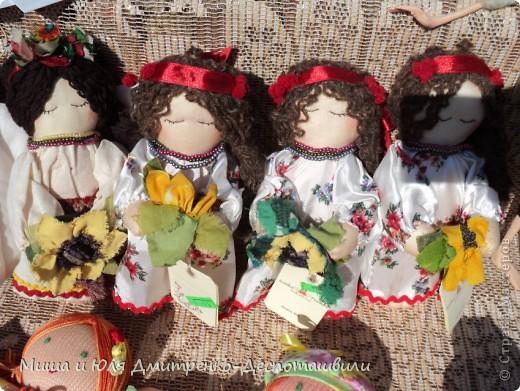 Продолжаем бродить по празднику города Тбилиси. На этот раз обратим внимания на куклы!  фото 11