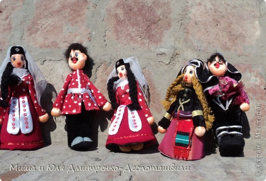 Продолжаем бродить по празднику города Тбилиси. На этот раз обратим внимания на куклы!  фото 13
