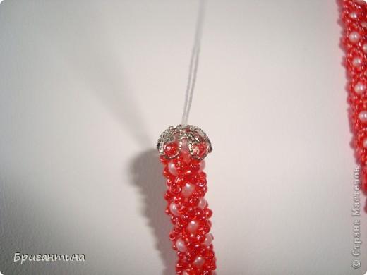 Вот такое интересное плетение решила попробовать. Получился комплект ожерелье + серьги-колокольчики. И опять для мамы :-) фото 38