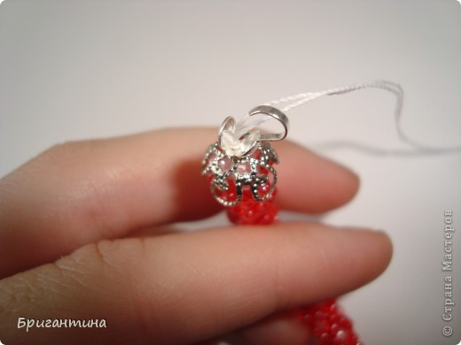 Вот такое интересное плетение решила попробовать. Получился комплект ожерелье + серьги-колокольчики. И опять для мамы :-) фото 40