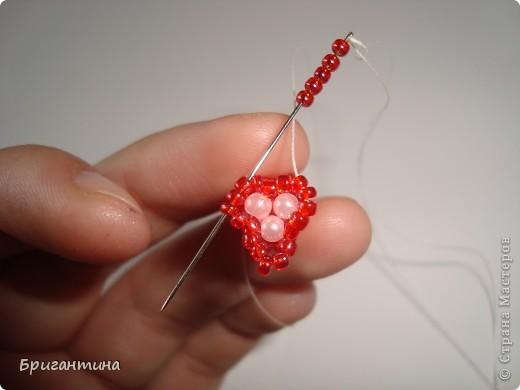 Вот такое интересное плетение решила попробовать. Получился комплект ожерелье + серьги-колокольчики. И опять для мамы :-) фото 19