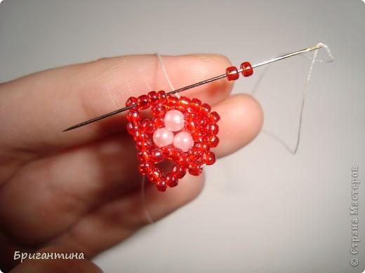 Вот такое интересное плетение решила попробовать. Получился комплект ожерелье + серьги-колокольчики. И опять для мамы :-) фото 23