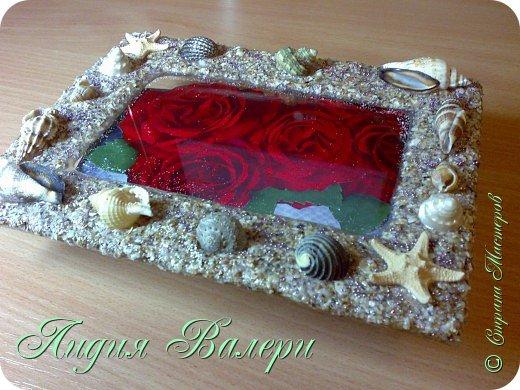 Хочу представить Вам свое творение в морском стиле. Рамочка сделана  из морских ракушек и песка. фото 3