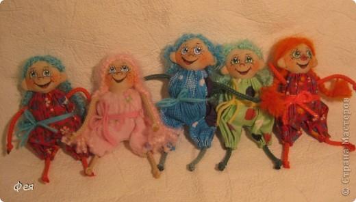 Нашила ещё стайку куклёшек для своих куклёшек:)   фото 1