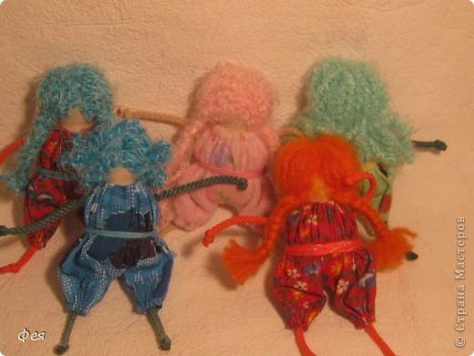 Нашила ещё стайку куклёшек для своих куклёшек:)   фото 2