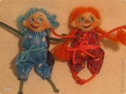 Нашила ещё стайку куклёшек для своих куклёшек:)   фото 3