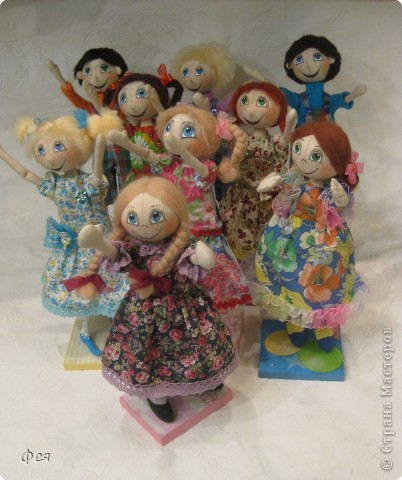 Нашила ещё стайку куклёшек для своих куклёшек:)   фото 11