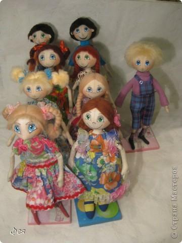 Нашила ещё стайку куклёшек для своих куклёшек:)   фото 9