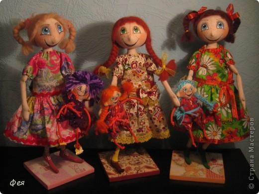Нашила ещё стайку куклёшек для своих куклёшек:)   фото 6