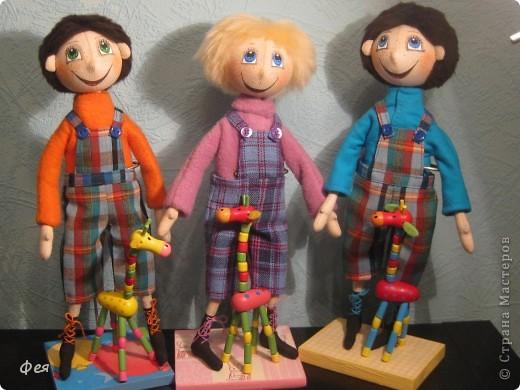 Нашила ещё стайку куклёшек для своих куклёшек:)   фото 8