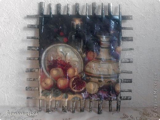 Сделала по МК Alloska  http://stranamasterov.ru/node/155221 (конечно с другой салфеткой, она часто встречается, но хорошо подходит на моей кухне). Еще не повесила