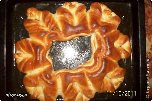Вот что у меня получилось из простого дрожжевое тесто для хлеба,  источник вдохновения - Валентина Цуркан. Моя идея сделать такое из простого тесто.   http://www.liveinternet.ru/users/4067968/post188801237  фото 14
