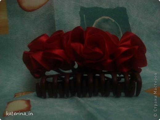 Вот такая вот голубая роза в фужере... Хотела сделать МК по их изготовлению,но потом решила узнать у вас, мастерицы,нужен ли будет вам такой цветок?А вдруг нет! фото 5