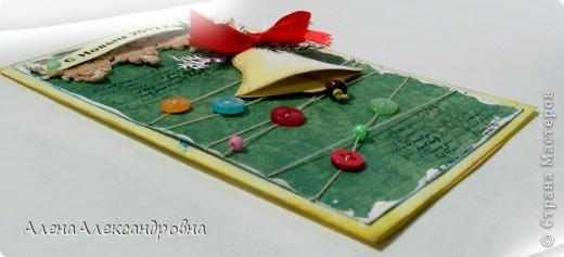 Начинаю подготовку к Новому году.Бумаги праздничной тематики пока нет, поэтому первые открытки из такой.  Идею такого колокольчика подсмотрела у польской мастерицы Агнешки http://agnieszka-scrappassion.blogspot.com/  фото 6