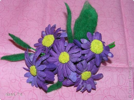 Такими цветочками можно украсить и себя любимую и подарочек для любимого и летнюю дамскую шляпку ... фото 1
