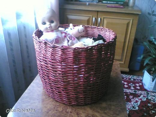 Решила сразу перейти к глобальному - получилась корзинка для игрушек (небольшая).  фото 1