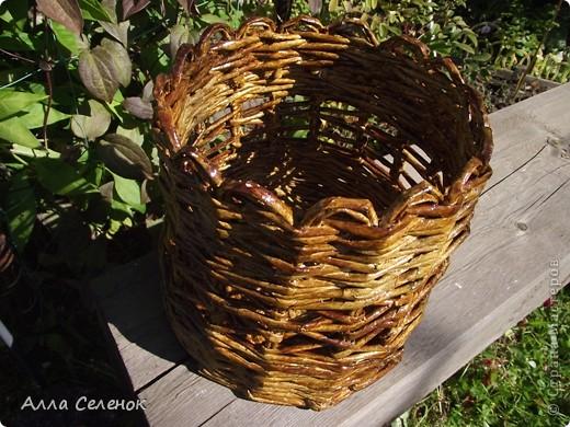 На этом кашпо я училась делать косое плетение и ободок. фото 3