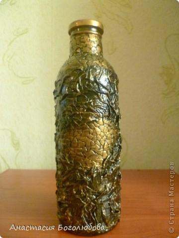 Вот такая бутылочка у меня получилась! Я еще только учусь декорировать предметы, решила выставить свою работу и показать ее со всех сторон, очень хочу чтобы Вы ее оценили!:) фото 3