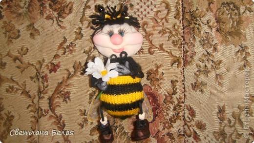 пчелка маленькая фото 1