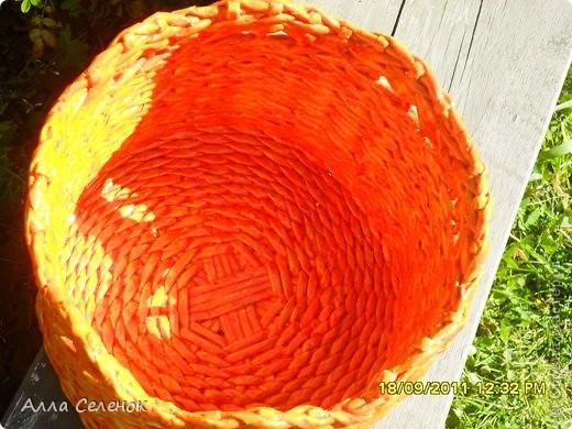 На этом кашпо я училась делать косое плетение и ободок. фото 5