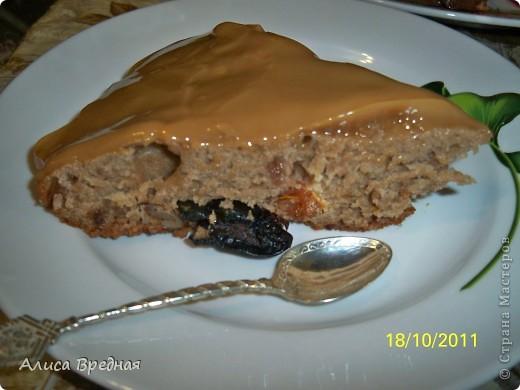 Всем привет))) выкладываю рецепт одного очень простого, вкусного, легкого и быстрого рецепта пирога... я его довольно часто готовлю еще со времен школы... фото 1