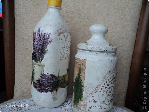 """С детства помню что моя бабушка называла растительное масло """"прованским"""", даже не знаю почему. Но в памяти осталось и когда я решила сделать себе бутылочку для оливкового масла образ всплыл сразу - прованс, лаванда!!!!! Вот и получилось - прованское.  фото 3"""