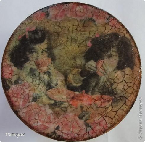 Всем  жителям СМ  приветик и наилучшие пожелания! Тема не моя, но приглянулась рисовая карта с розами и сделала вот такой комплект - тарелка -панно( диаметр 30 см) и шкатулка фото 11