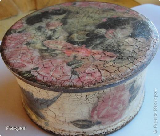 Всем  жителям СМ  приветик и наилучшие пожелания! Тема не моя, но приглянулась рисовая карта с розами и сделала вот такой комплект - тарелка -панно( диаметр 30 см) и шкатулка фото 9