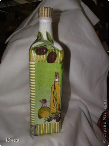 Вот так вот украсила бутылку из-под масла оливкового.  фото 1