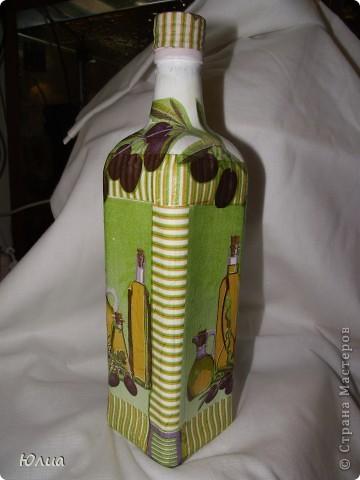 Вот так вот украсила бутылку из-под масла оливкового.  фото 3