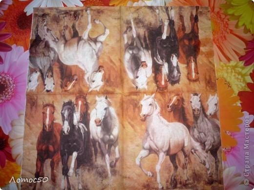 Коробочка с лошадками. фото 2