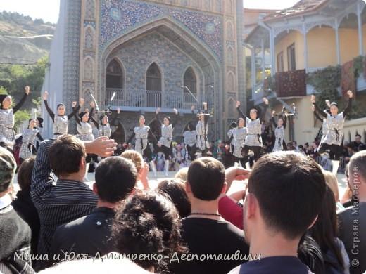 Сегодня мы заканчиваем знакомить Вас с выставкой-продажей посвященной празднику города Тбилиси.  фото 17