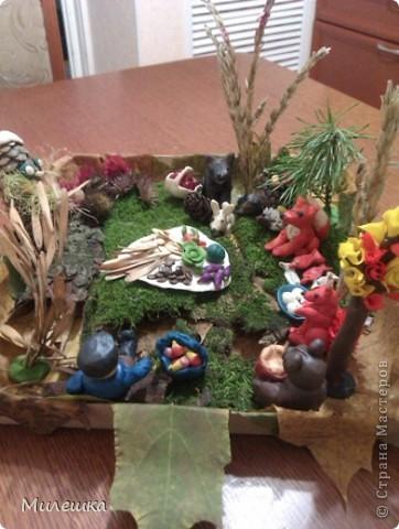 """В детском саду у сына объявили конкурс семейных поделок из природного материала. Мы с сыном придумали сказочную историю, которую назвали """"Праздничный ужин в лесу"""".  фото 1"""