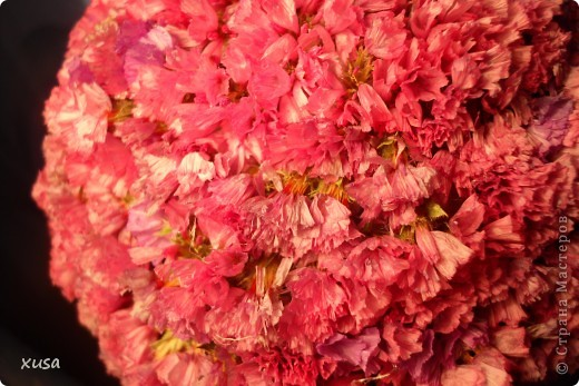 """Вот такие цветочки, под названием статица появились у меня дома! Но оставлять их так просто не захотела, они осыпаются. Вот решила их """"закрепить""""  на дереве. И в итоге вот что получилось! фото 6"""