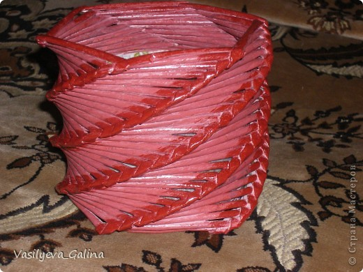 оплела косым плетением коробку из под дисков ДВД фото 1
