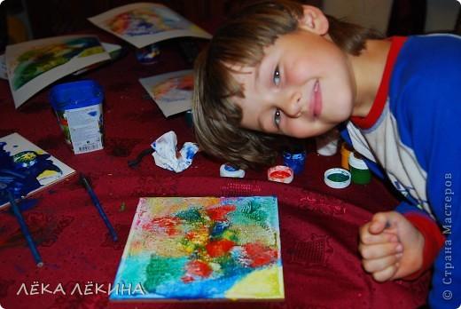 Ну вот и я созрела чтобы показать наши с детишками работы. В данной работе использована техника монотипия, с последующей прорисовкой и тонировкой.  фото 7