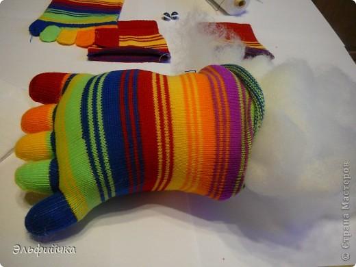 МК крабик из носков фото 5