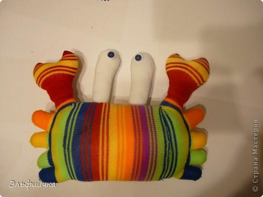 МК крабик из носков фото 15
