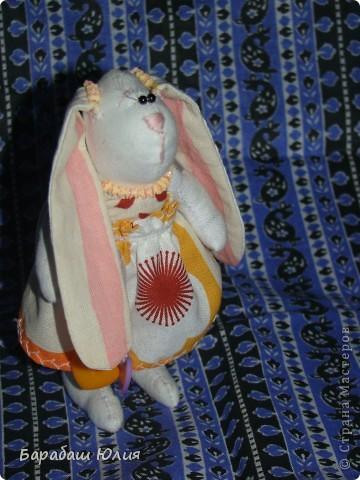 Зайка малышка всего 14 см.,сшита из бязи , платье- ситец наполнитель- синтипон. фото 3